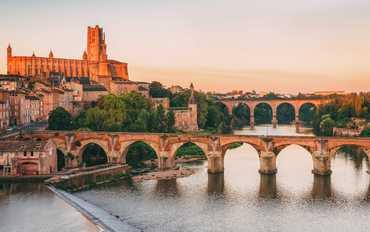 Güney Fransa Öteki Şövalyelerin Ülkesi