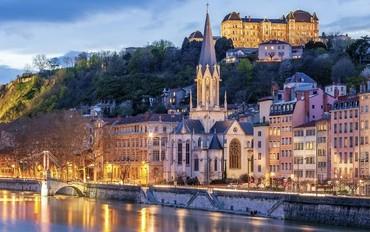 Yılbaşında Avignon ve Rhone Nehri