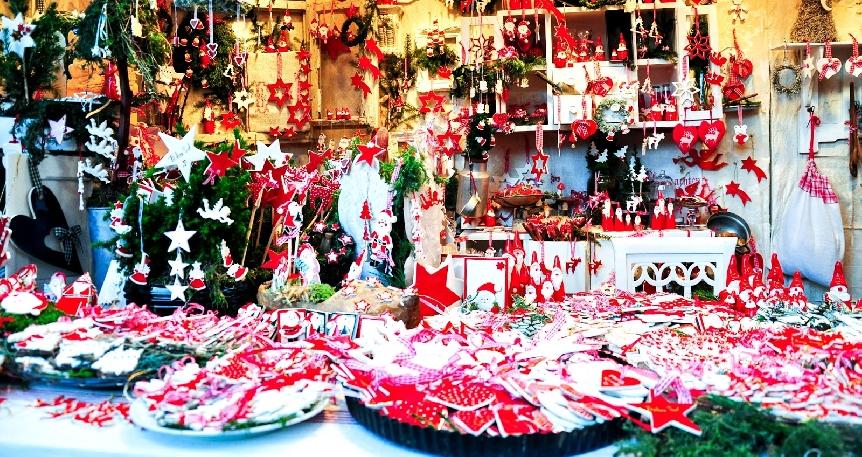 Ren Nehrinde Renkli Noel Pazarları Basel