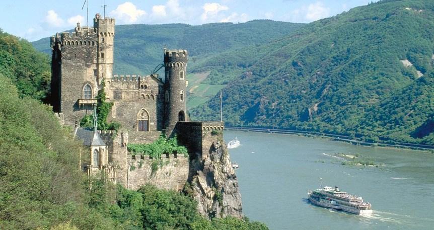 Romantik Ren Nehri 3 Ülke