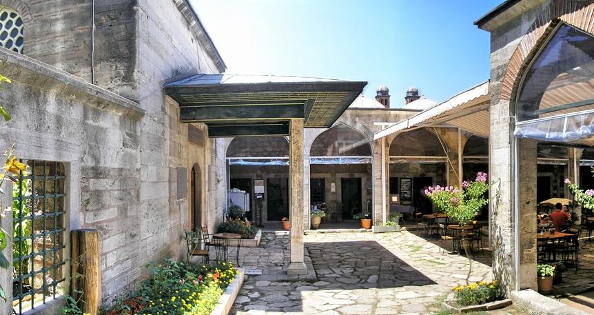 Bizans Saraylarının Üzerinde