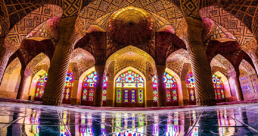 Kadın Gözüyle : Tebriz'den Şiraz'a İran